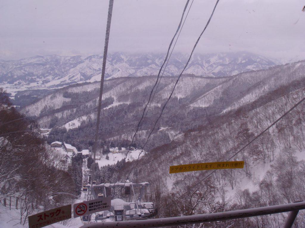 冬山シーズン到来(間近!)家族で楽しくスキーをする方法について-用具編
